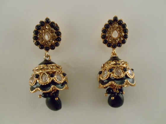 Antique Jhumka Made With Enamel And Black White Stone 2 Long Us 22 Pair 15 Code Cl E 7 Sold