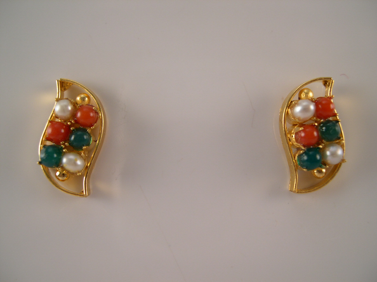 Pink C And Green Onyx Bead 1gm Gold Earrings