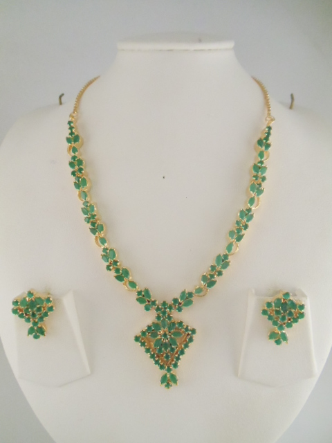 Indian Jewelry Beautiful Gemstone Necklace Sets