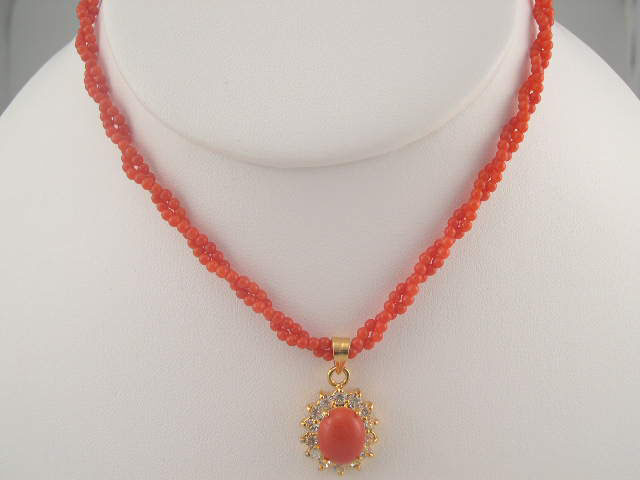 coral necklace twisted