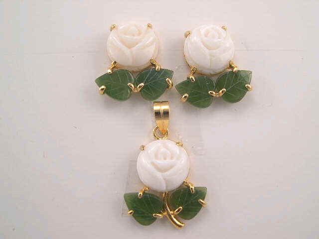 White coral rose earring and pendant